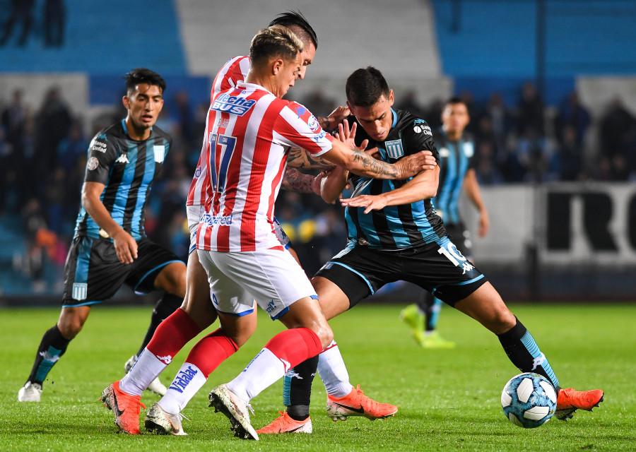 La Academia no pasó el primer examen de la Superliga y apenas empató con Unión