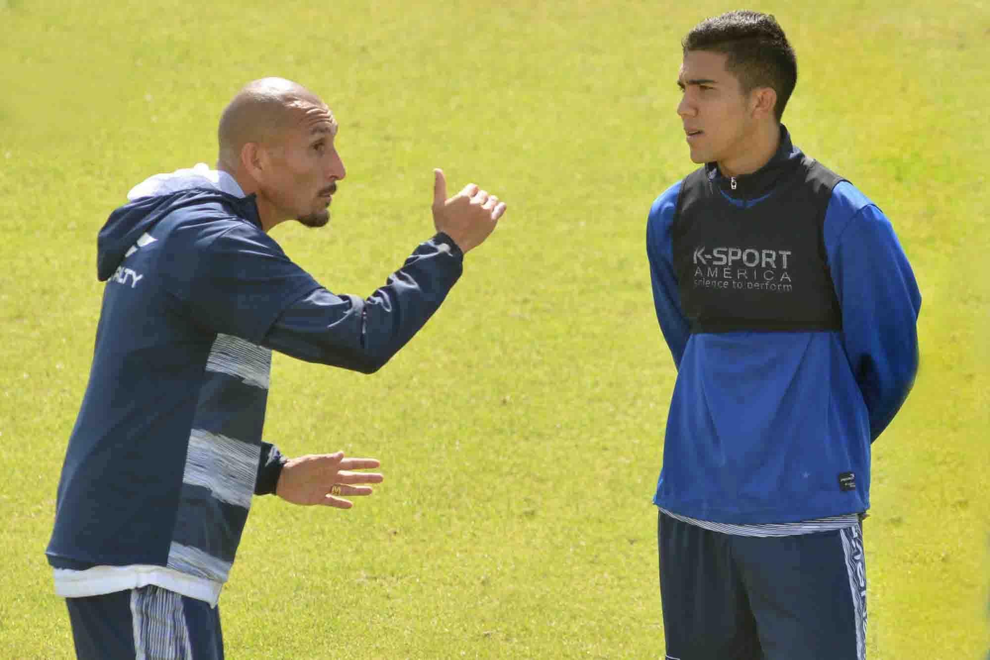 """El 'Cholo' Guiñazú aconseja a Boca: """"Bebelo Reynoso no tiene límites, le deben dar más chances"""""""