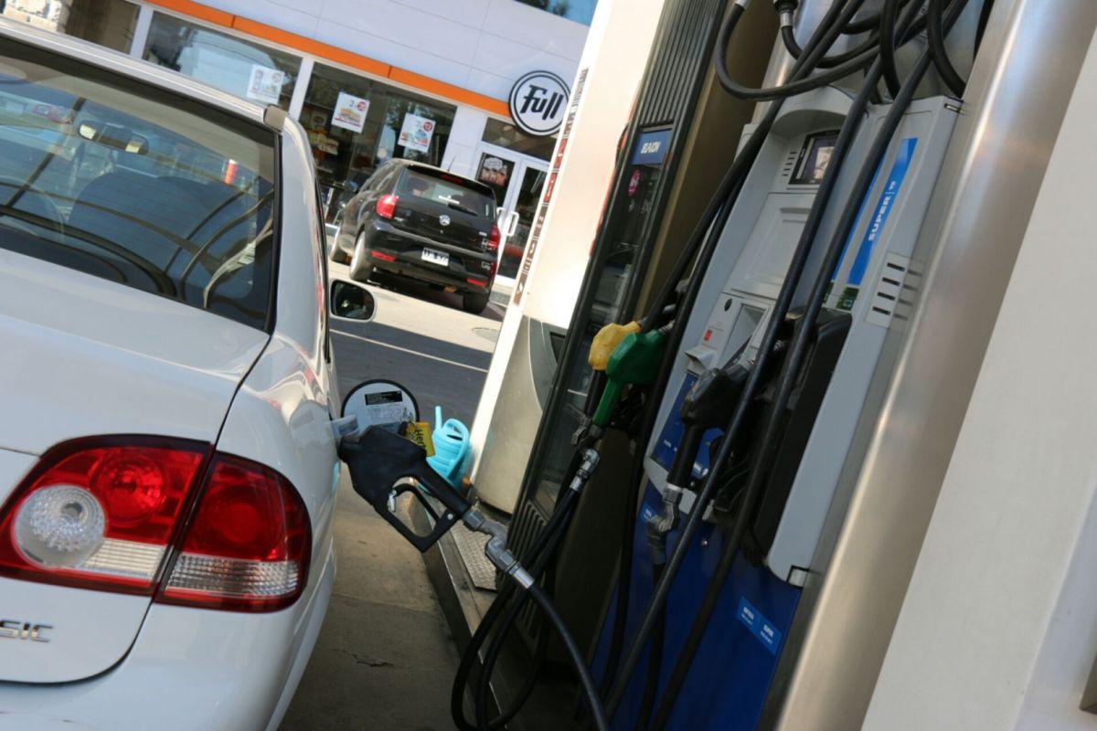 Descongelamiento: suben 5% las naftas y el gasoil