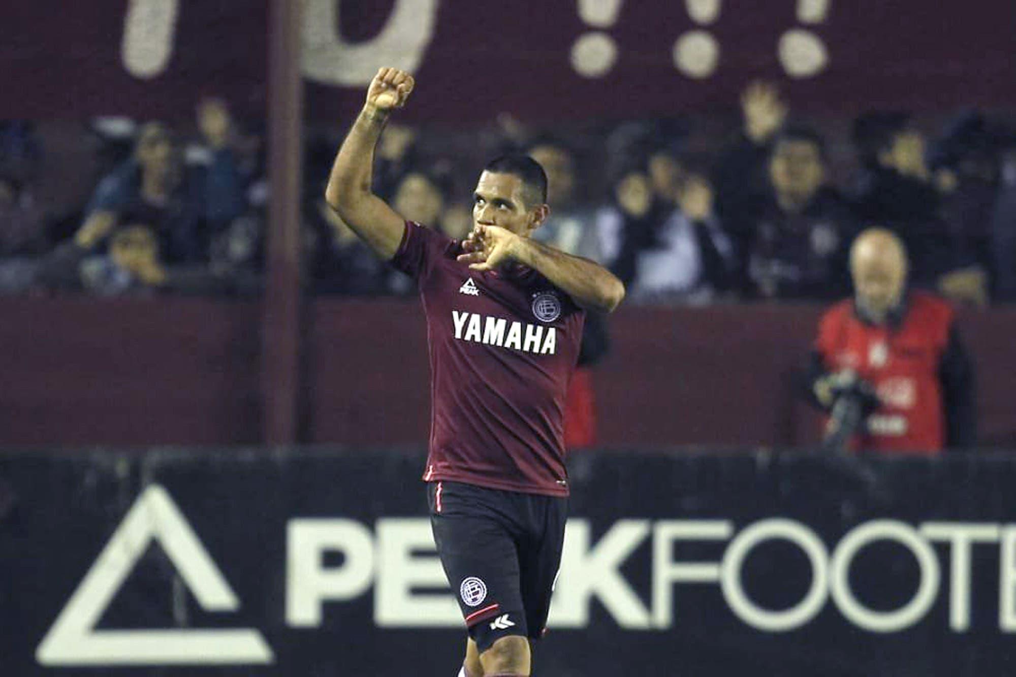Lanús-Boca: el cabezazo de Sand, el tiro libre genial de Zárate y el toque de Auzqui, los goles del partido