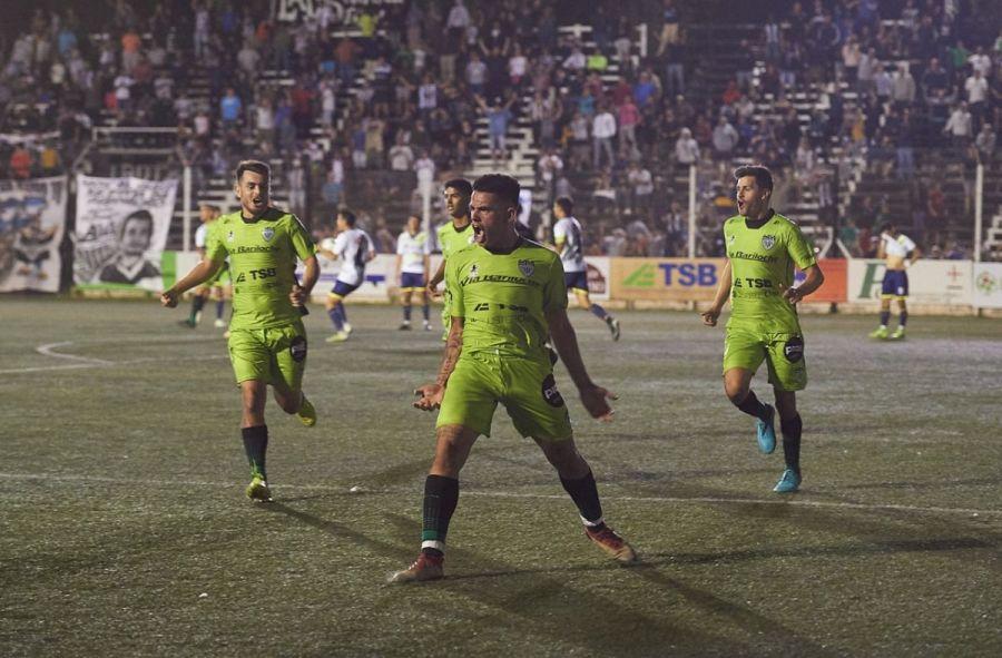 Bautismo de gol para Elvis Hernández en Cipolletti
