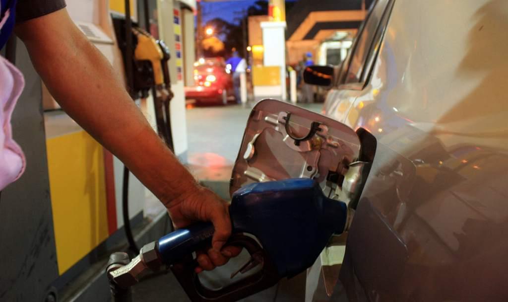 Más aumento de los combustibles. Autorizan impuesto