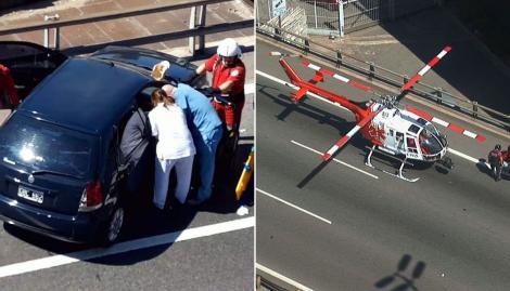 Operativo en Constitución: un helicóptero se llevó a un herido por un choque en la Autopista 25 de mayo