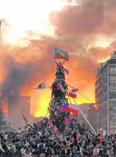 Revolución latinoamericana, Área 51 y cambio de era