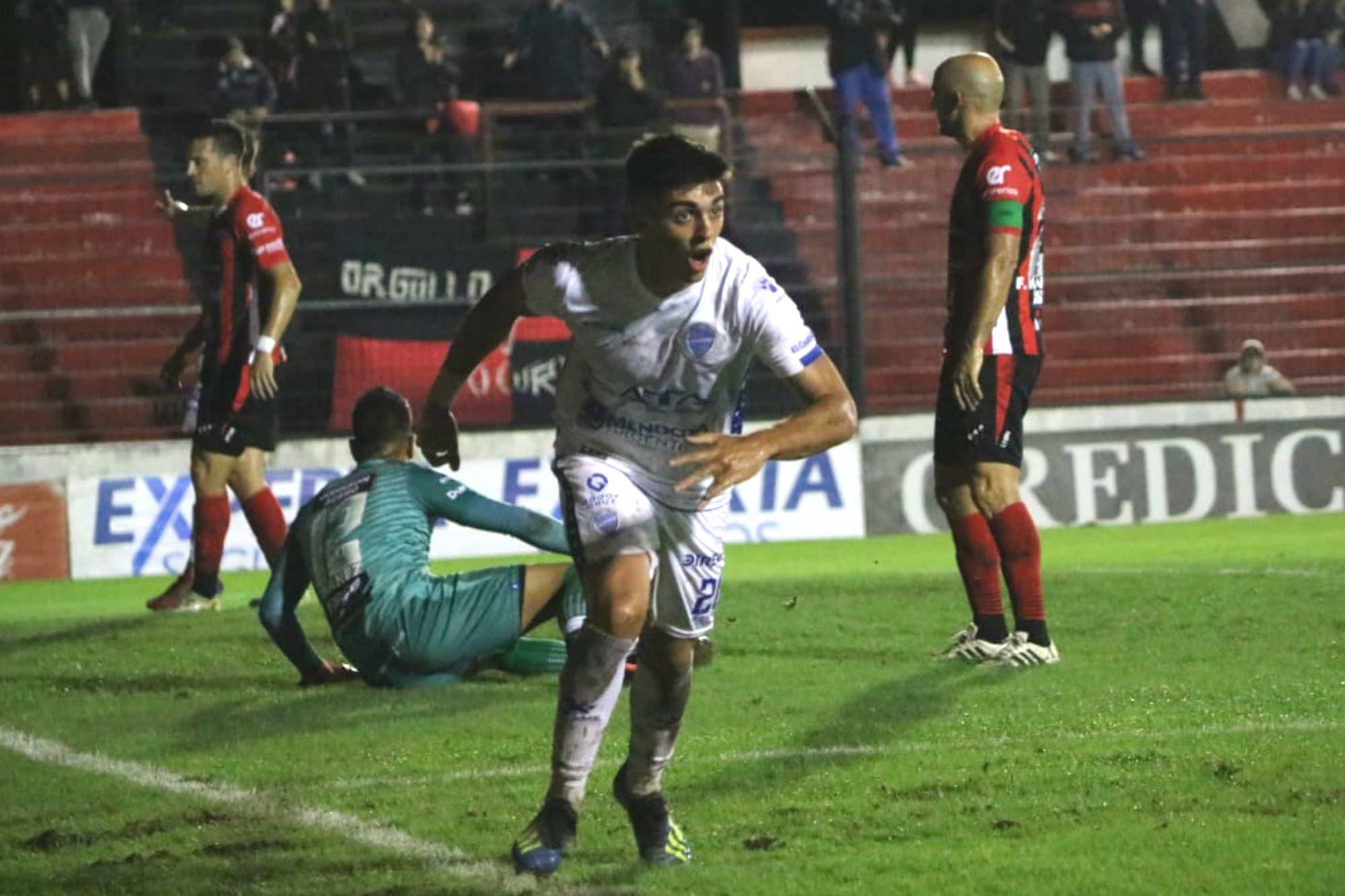 Patronato-Godoy Cruz, Superliga: el Tomba festejó en Paraná y complicó al Patrón
