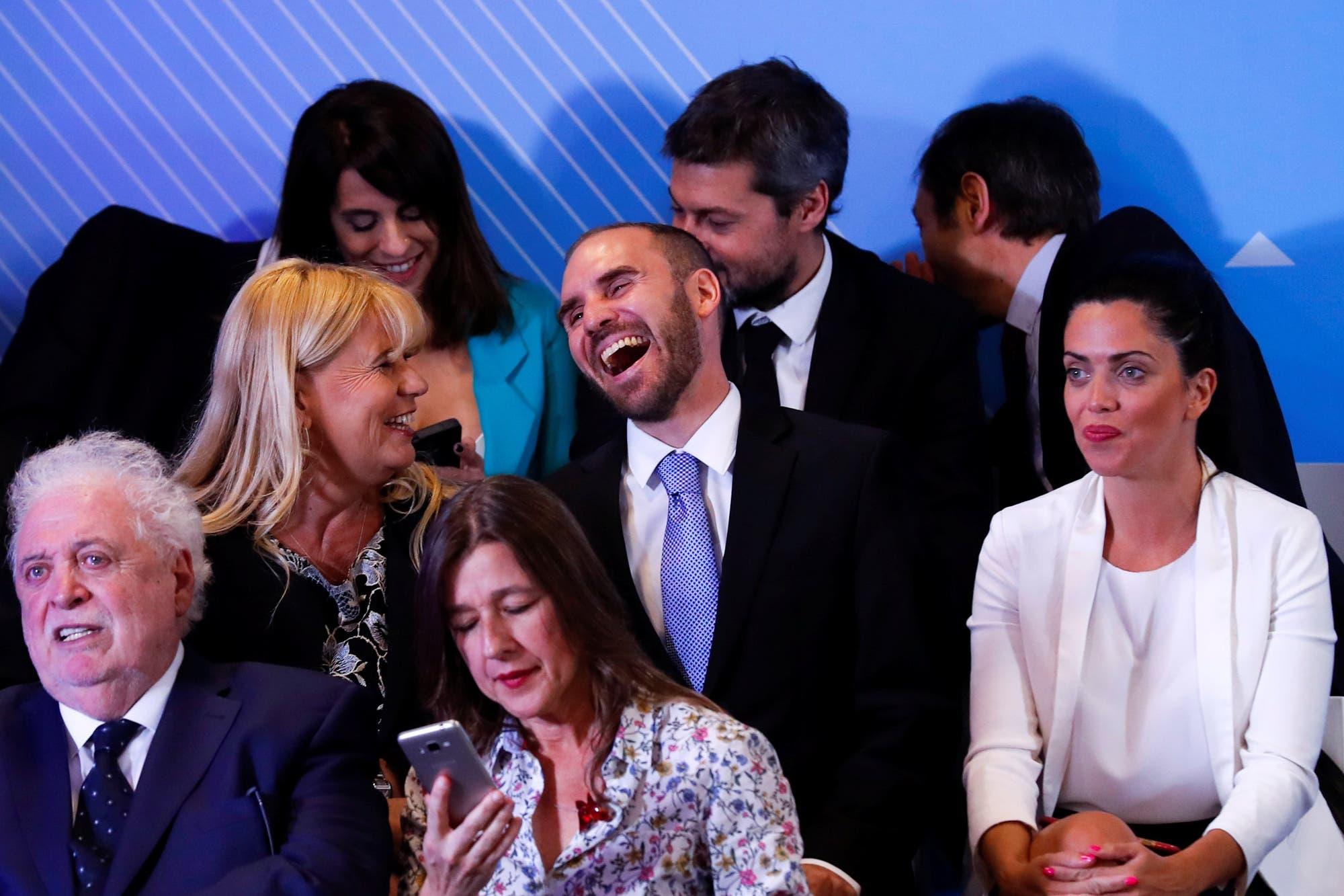 Consejos de los ex: ¿qué le dirían al futuro ministro de Economía?