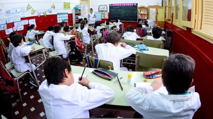 Desde 2015 cayó la inversión educativa en las provincias