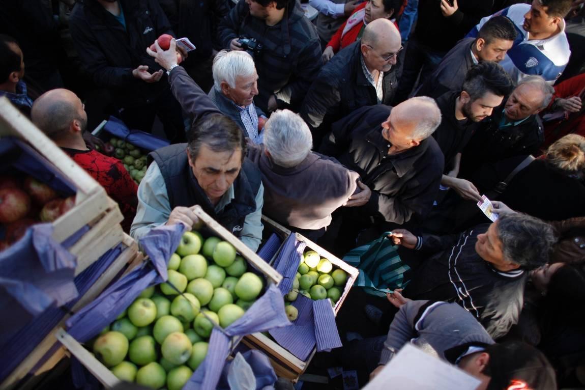 Fruticultura: asamblea de productores en Allen