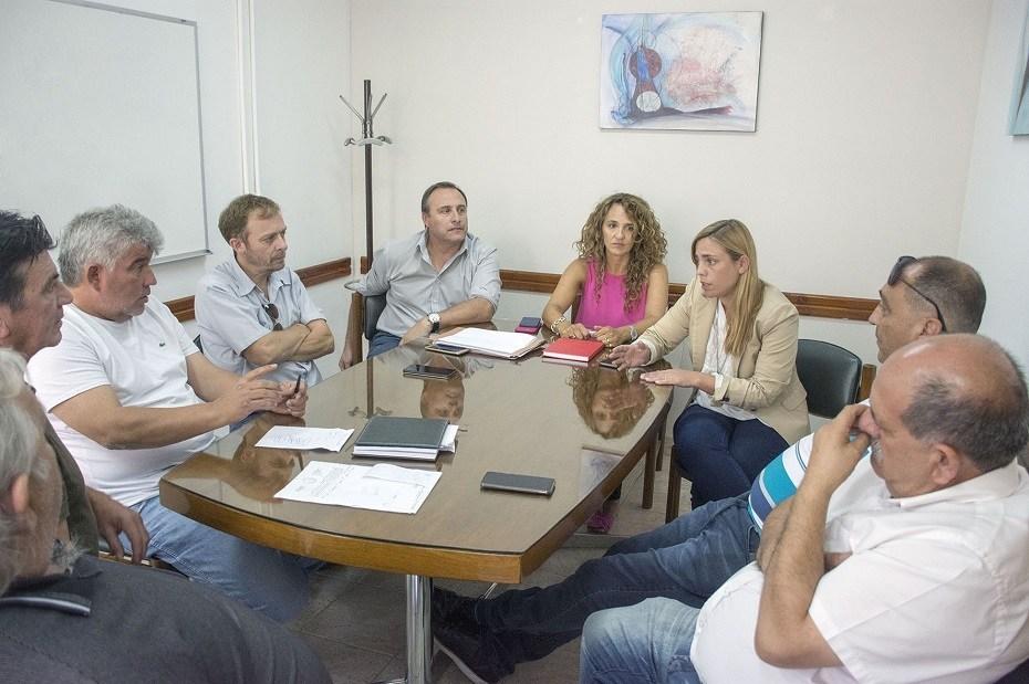 Soria adelantó del subsidio municipal al transporte en Roca
