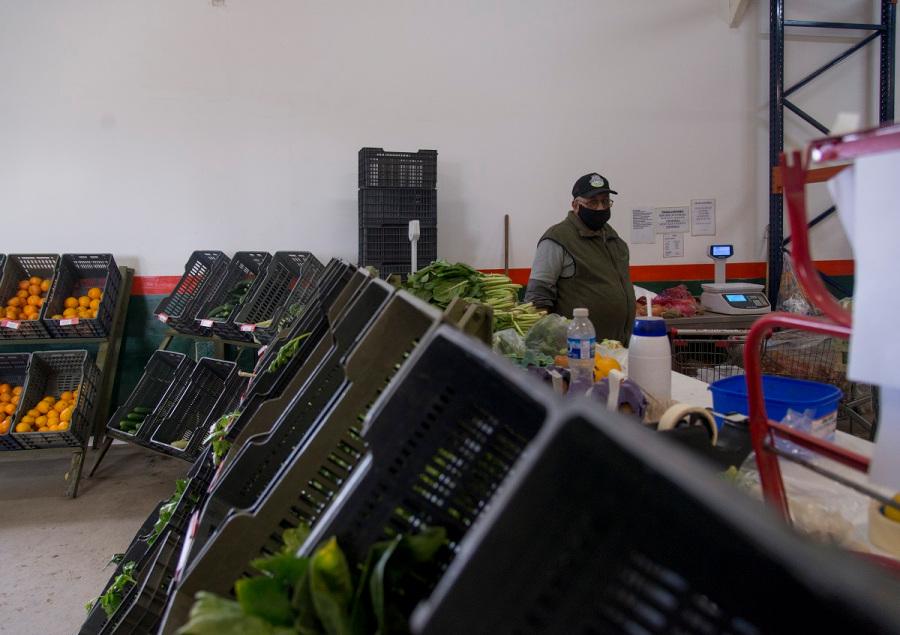 La difícil tarea de sostener el Mercado Comunitario de Bariloche en pandemia