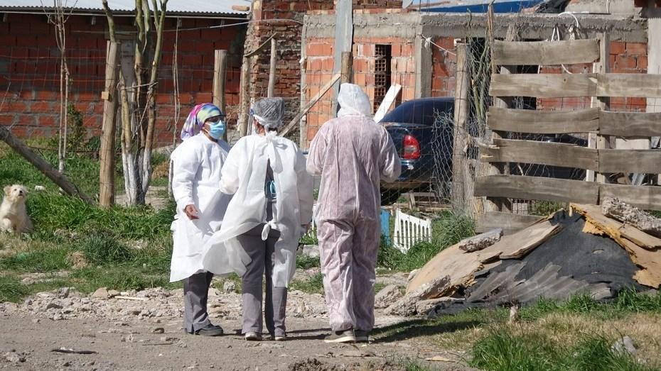 Sigue en barrios de Viedma la detección de casos de COVID