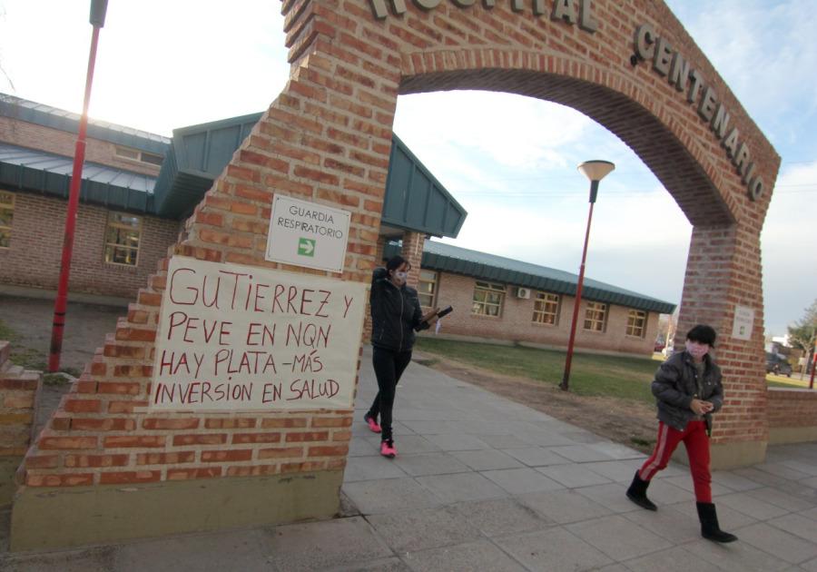 Suspendieron enfermeros del hospital de Centenario por una protesta