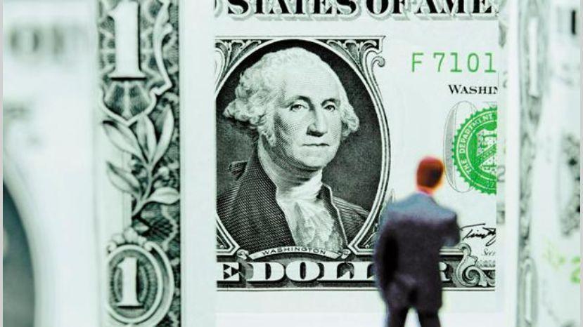 Disponen medidas para frenar el aumento del dólar