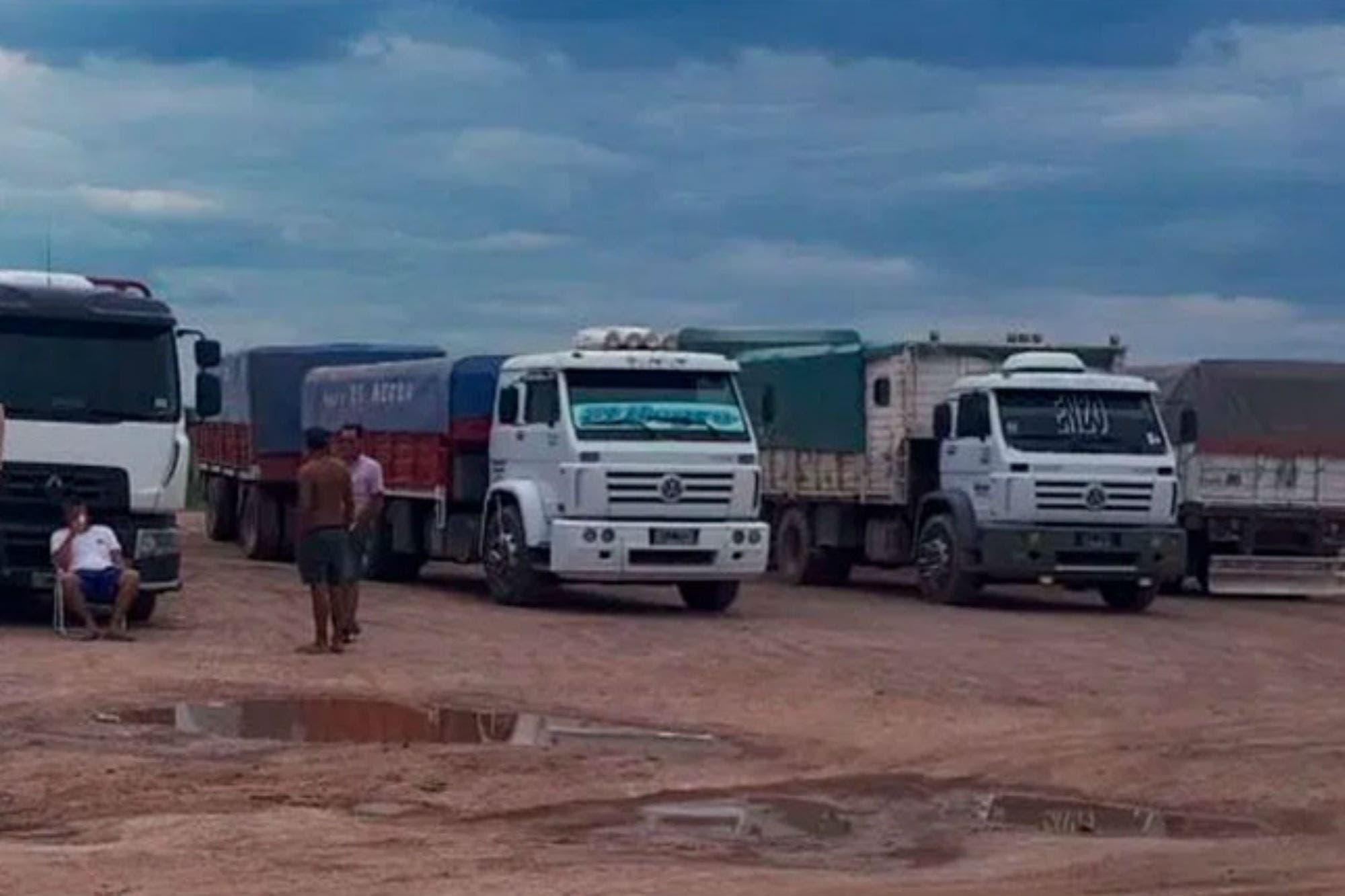 Valen millones: secuestraron 900 toneladas de soja robadas