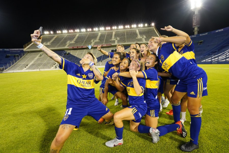 Con Mayorga en cancha, Boca goleó a River y es el primer campeón profesional