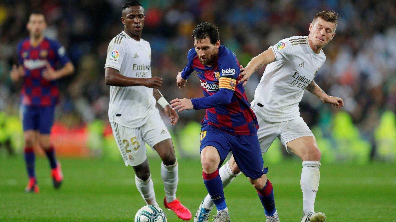real-madrid-y-el-barcelona-de-lionel-messi-juegan-un-clasico-decisivo:-hora,-tv-y-formaciones