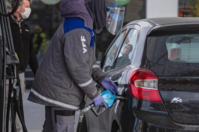ya-escasea-el-combustible-en-bariloche-por-los-cortes-de-ruta