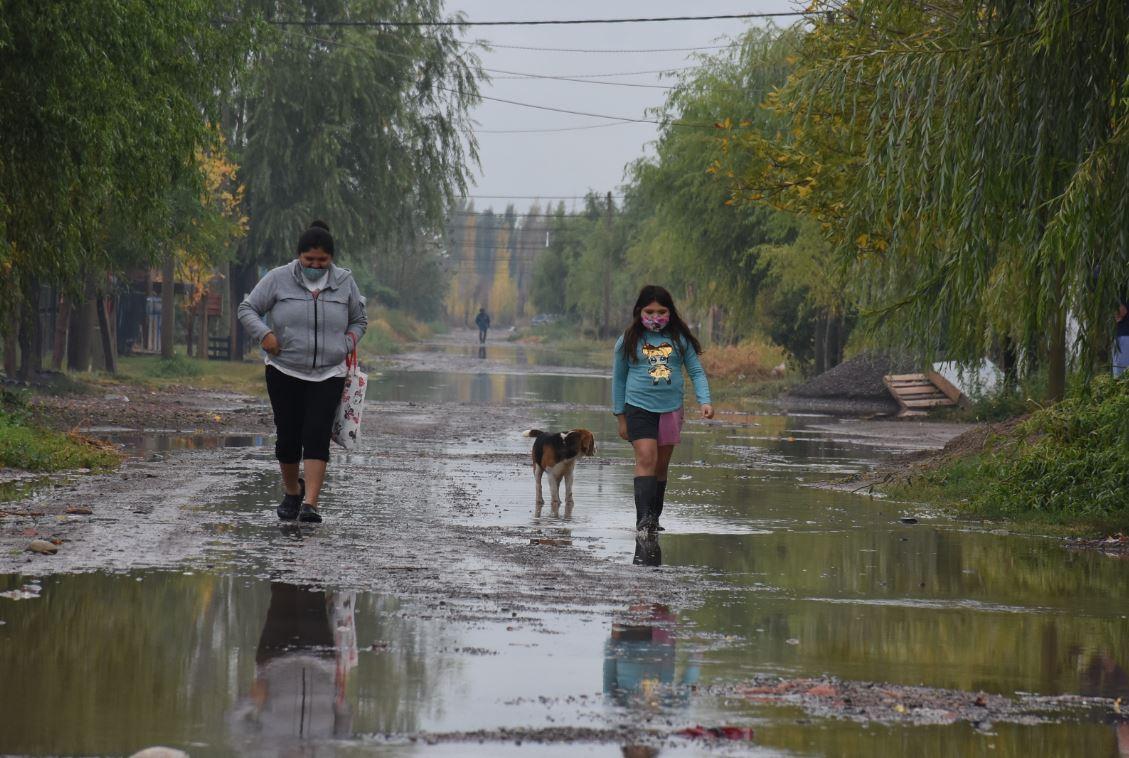 inundaciones,-anegamientos-y-evacuados:-las-consecuencias-de-la-tormenta-en-roca