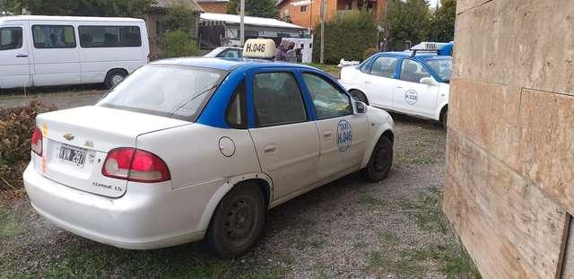 el-municipio-delego-en-la-asociacion-de-propietarios-de-taxis-el-control-sobre-los-autos