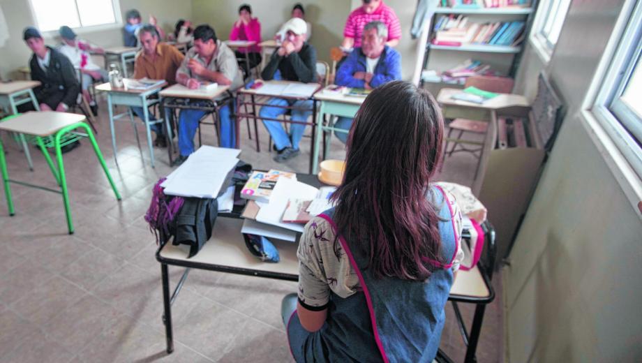docentes-de-las-carceles-de-neuquen-protestan-por-una-directora-sumariada