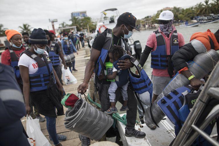 panama-convoca-a-reunion-regional-ante-oleada-de-migrantes